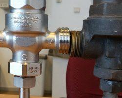 De vervanging voor drukregelaar AGA Cryo AB: Herose 4186